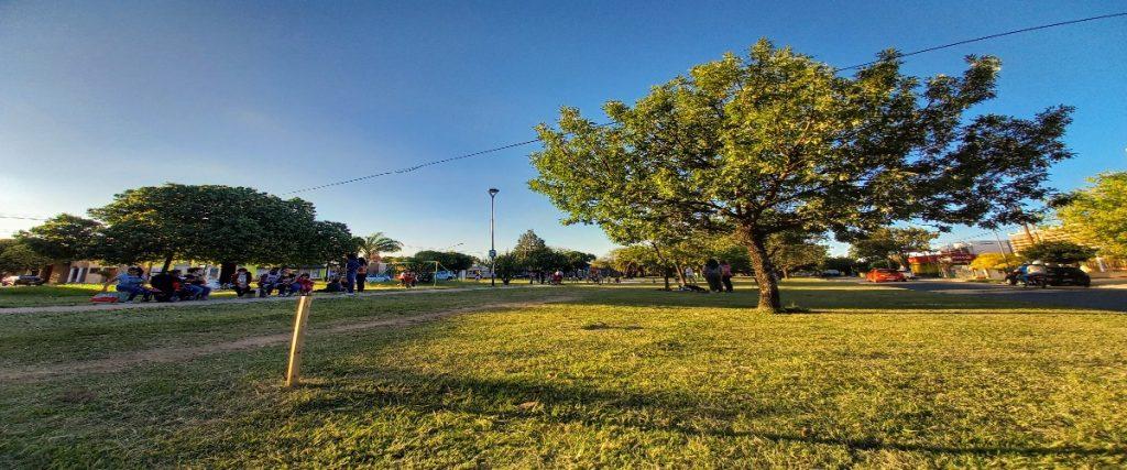 El bulevar Cacheuta, uno de los espacios públicos verdes más destacados de la zona sur